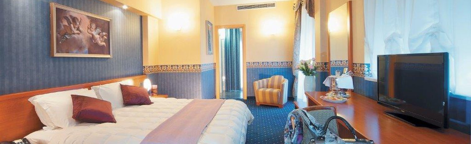 None ELE Green Park Hotel Pamphili